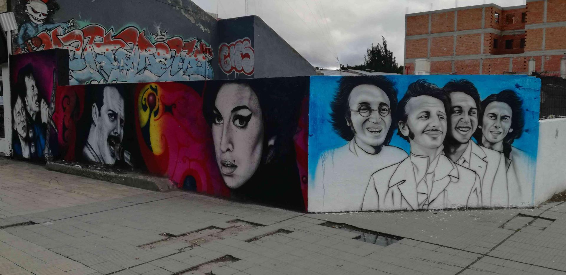Peintures stars mondiales rue de Rio Gal