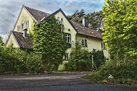 house-3364189_1920.jpg