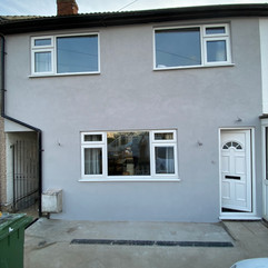 This light grey silicone installation has completely transformed the front of the property