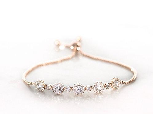 Daisy chain rose gold bracelet