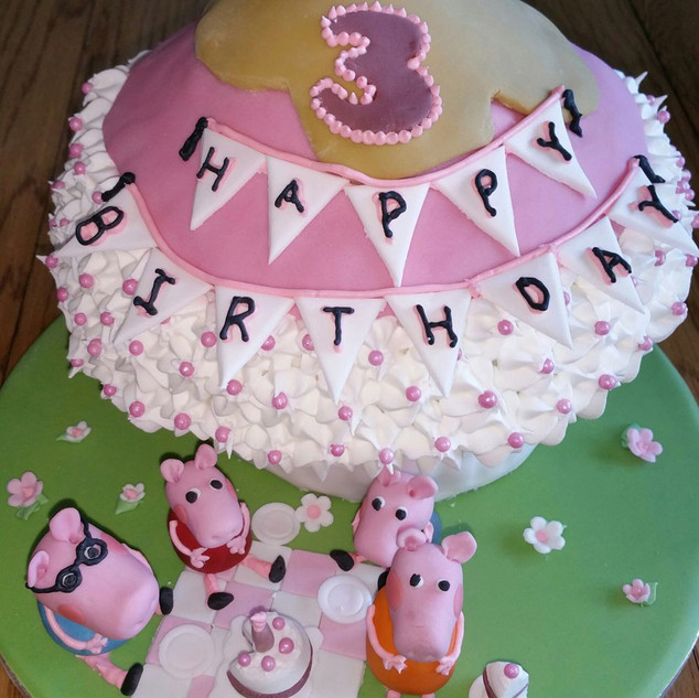 Fantastical-Cake-Creatations-Peppa-Pig-c