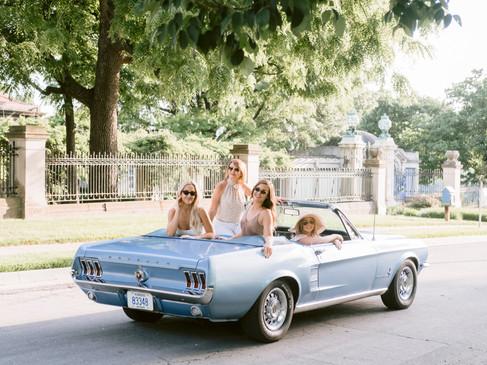 ElleGirls_Mustang_002 (1).jpg