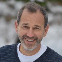 Kenneth Schneider