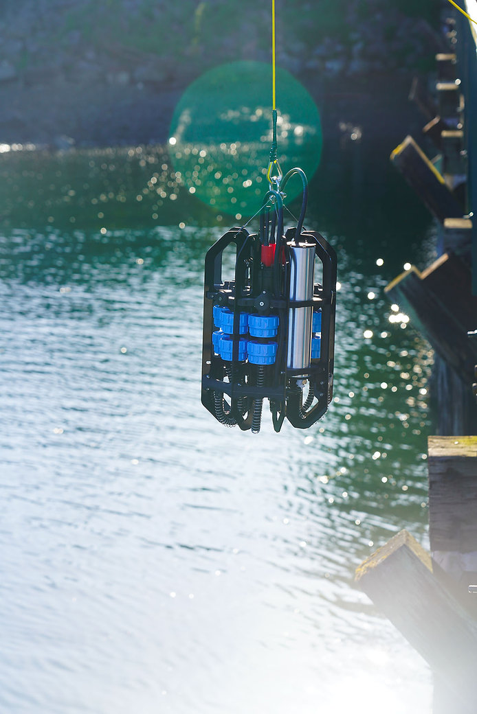 Ascension Microplastics depth profiler