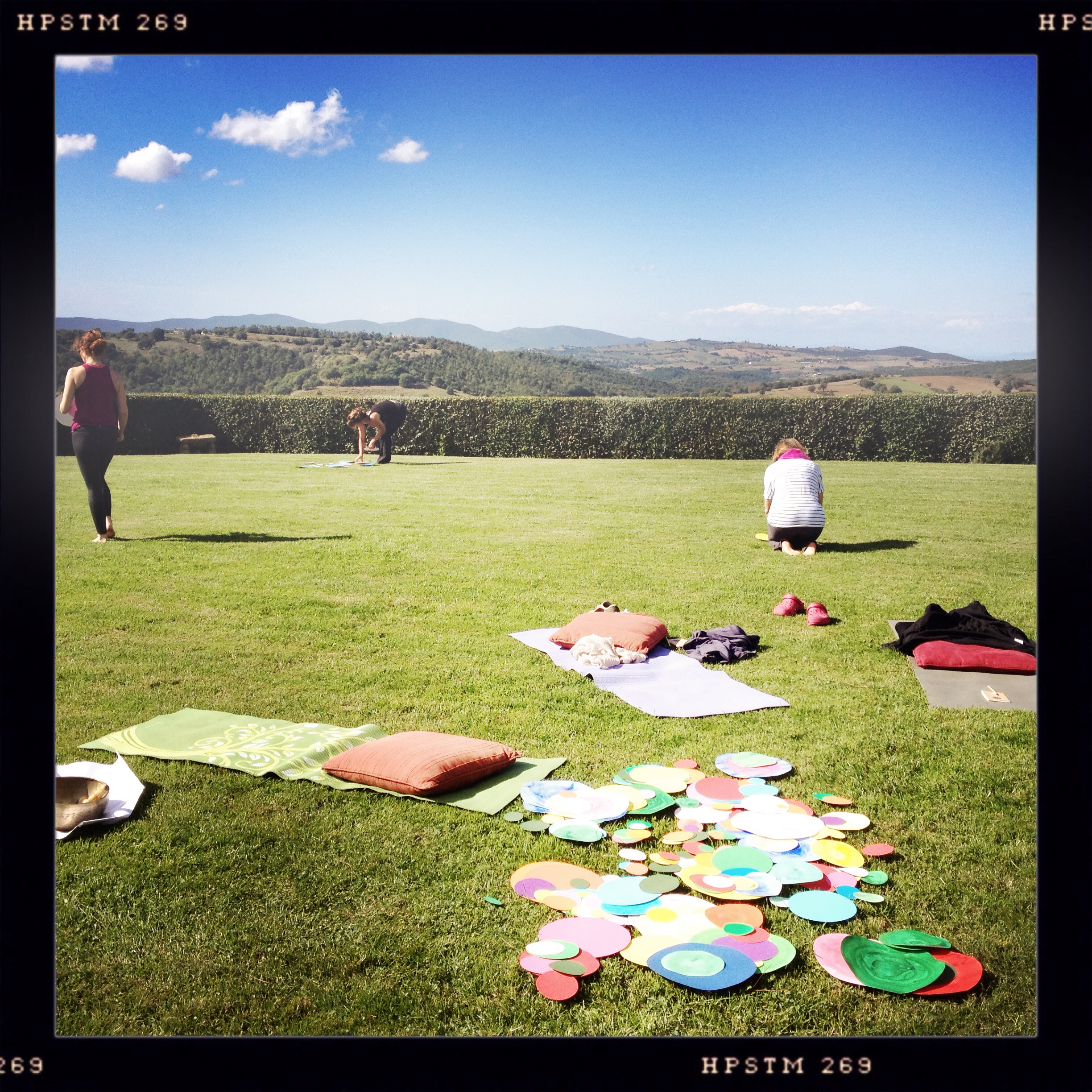 ZEM Flow Yoga Retreat in Tuscany