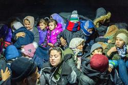 Migranten und Flüchtlinge nach der Rettung aus dem Meer