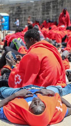 Aus dem Meer gerettete Migranten