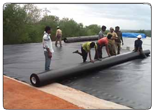 geomembrane-unrolled-landfills.png
