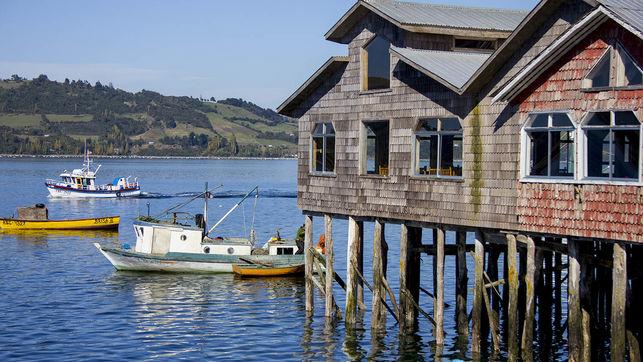 Palafito-barquillos-castro-Chiloe-Chile-tradicional-arquitectura-madera-patrimonio-mundial-unesco-he
