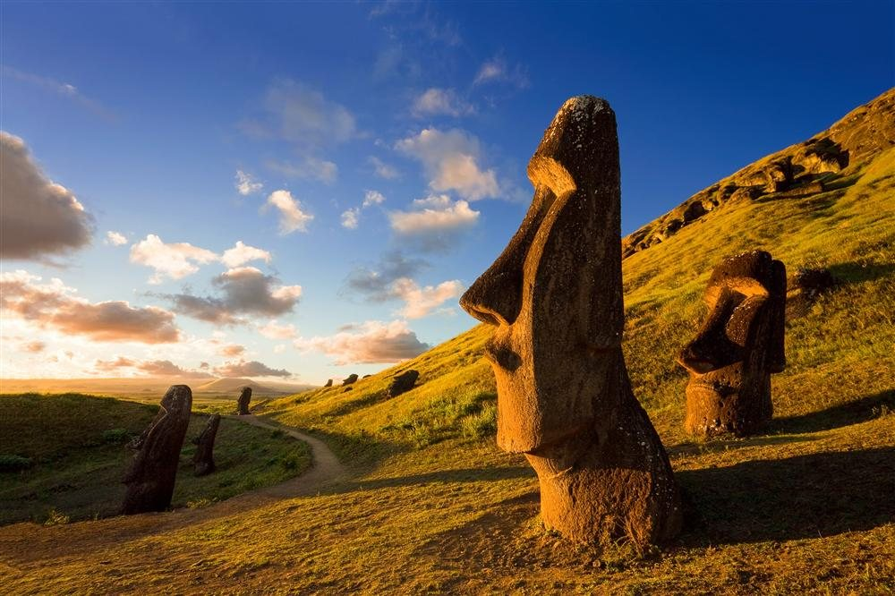 parque-nacional-de-rapa-nui-y-la-isla-de-pascua-chile_106be9e5