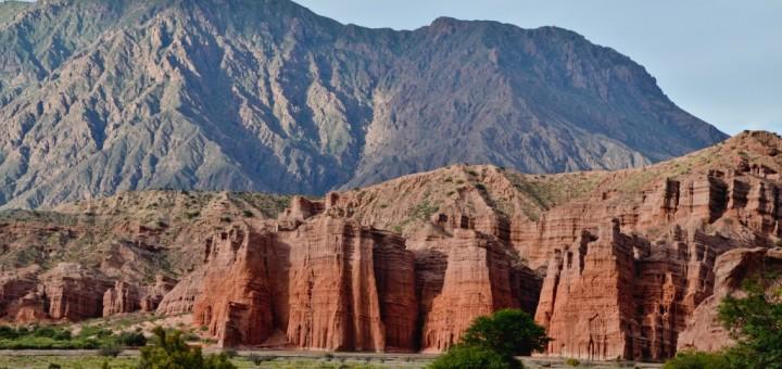 camino-a-cafayate-salta-argentina-720x340