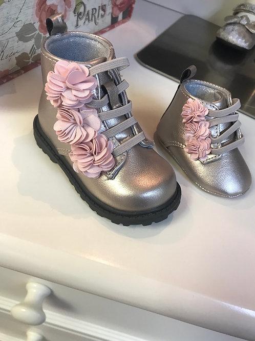 Baby Deer Metallic with flower slip on boot