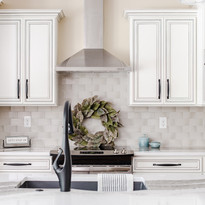 Tina Kitchen 1.jpg