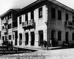 Banco Nacional e Hotel Mello