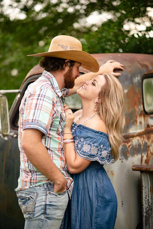 Gigi's Vintiques Engagement Photography