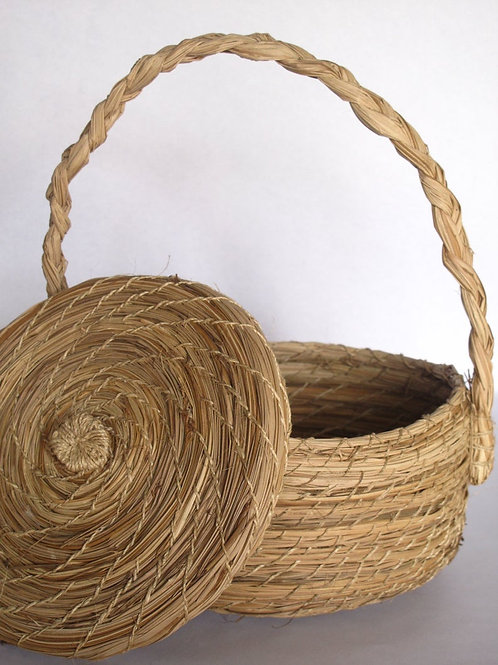 Handwoven  Iraka Palm Basket Set