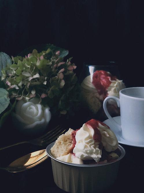 Strawberry oolong shortcake