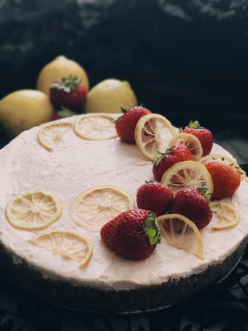 Strawberry lemonade tea cheesecake