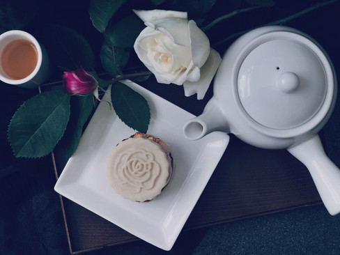 Rose Chocolate, Strawberry Marshmallow smores