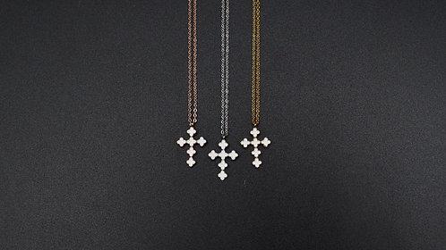 Collier croix émail blanc