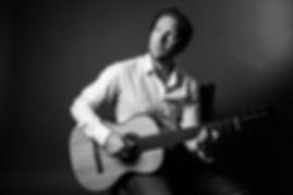 Benjamin Schwenen - Guitar