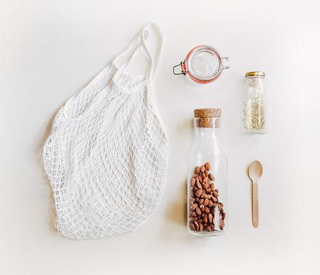 Sacchetto netto e barattoli di vetro