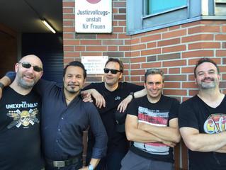 JAILHOUSE-ROCK im Innenhof!