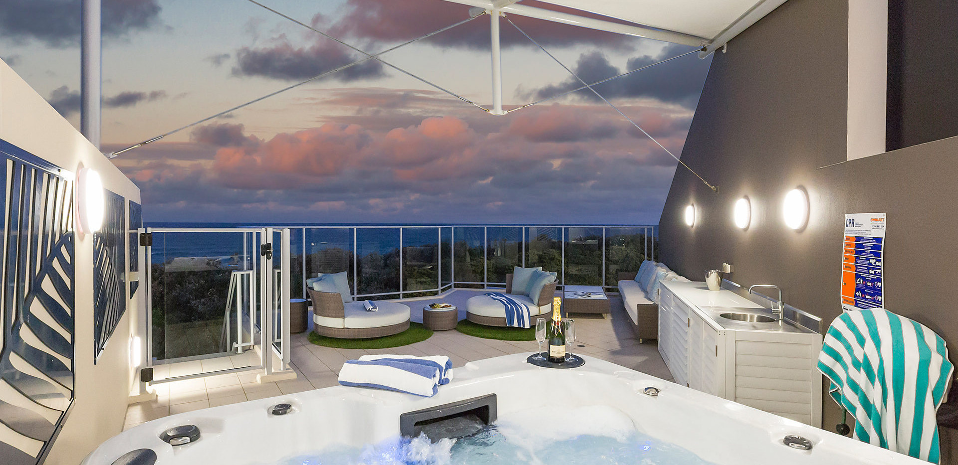 Private Roof Top Spa