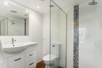 Bathroom - 2 Bedroom