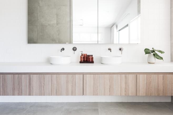 Ensuite Bathroom - Dual Sinks