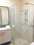 2 Bed Oceanfront Bathroom