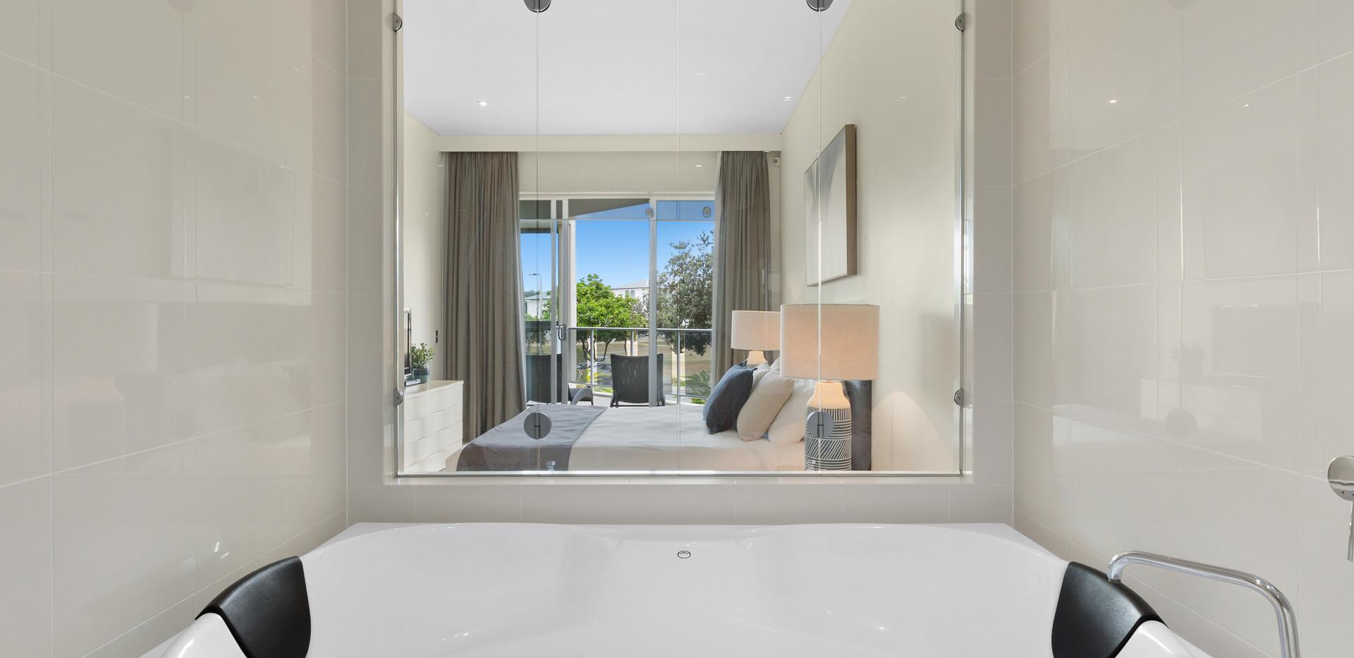 Spa Bath in Ensuite Bathroom