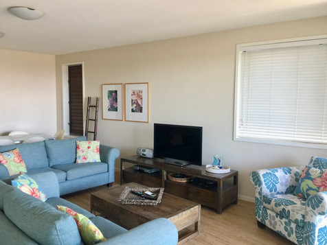 3 Bed Ocean View Lounge Room