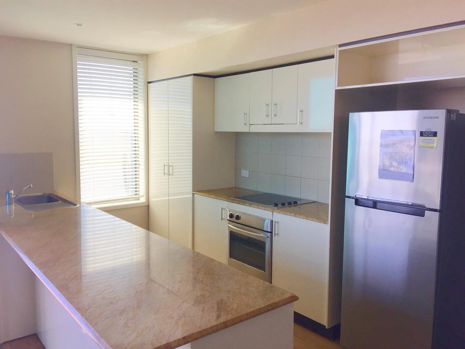 3 Bed Ocean View - Kitchen