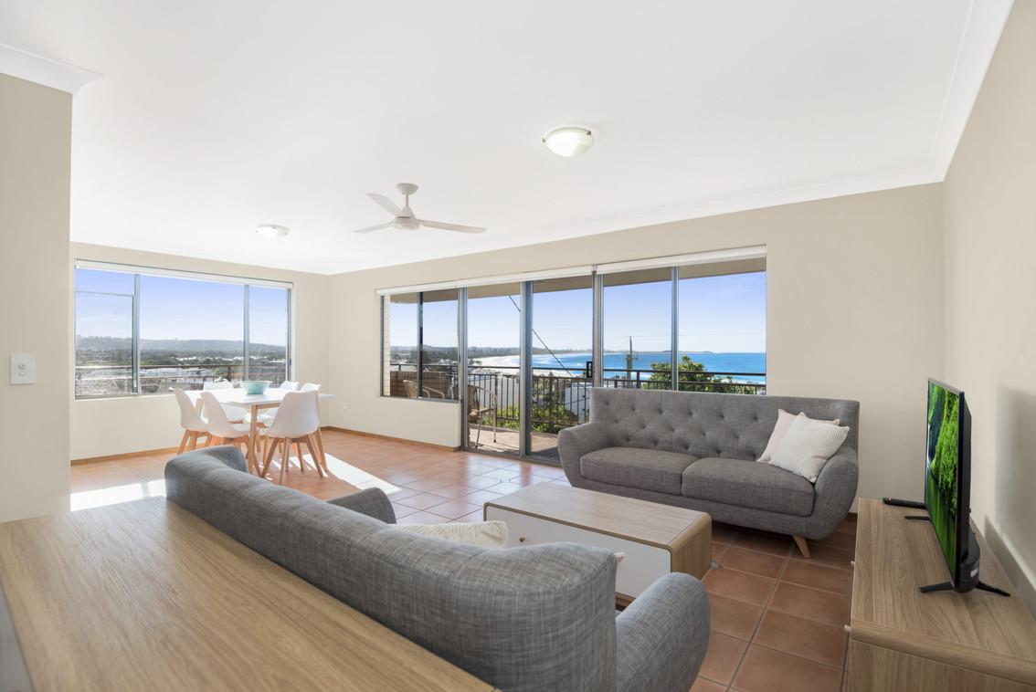 Apartment 4 - Lounge Room