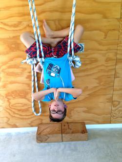 Ropes sirsasana
