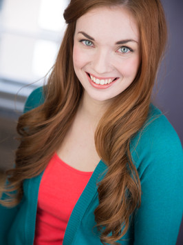 Katie Oxman Headshot 5.jpg