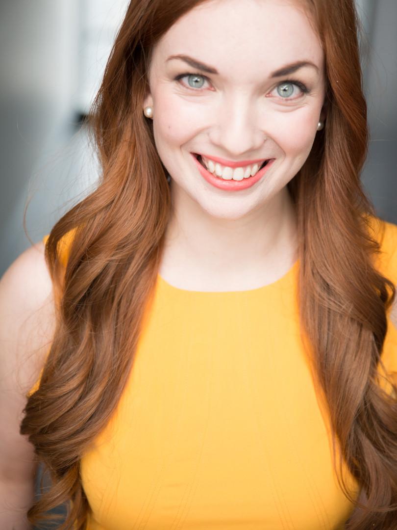 Katie Oxman Headshot 2.jpg