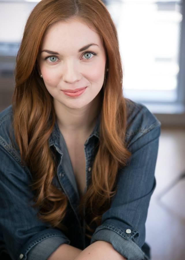 Katie Oxman Headshot 1.jpg