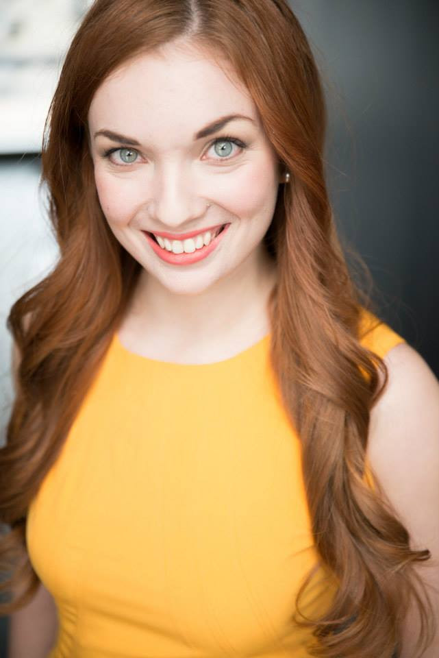 Katie Oxman Headshot 6.jpg