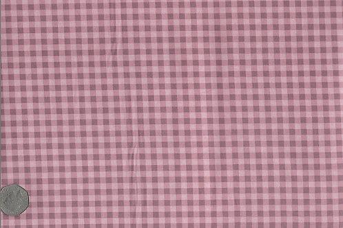 Pink Gingham A0180 Gutermann