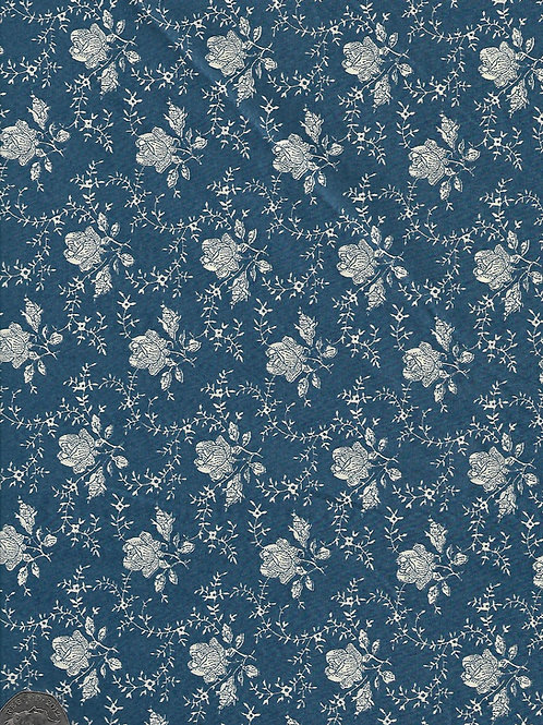 Cream Roses on Blue A0446