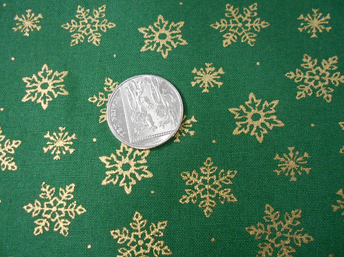 Gold Snowflakes on Green C0038