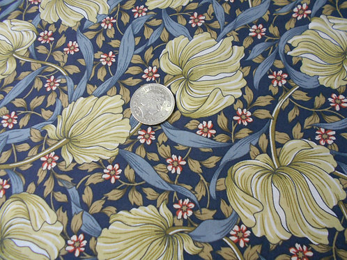 Green 'William Morris' Flowers on Navy D0090