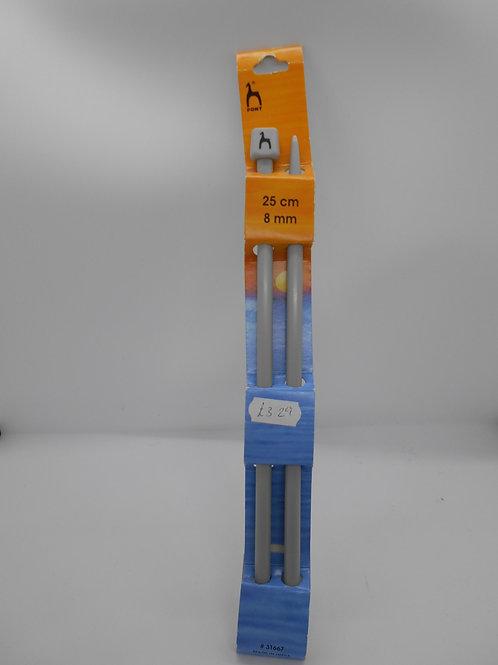 Knitting Needles 8mm x 25cm Pony 31667
