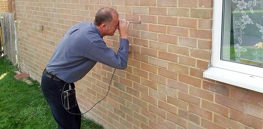 Cavity wall insulation surveying