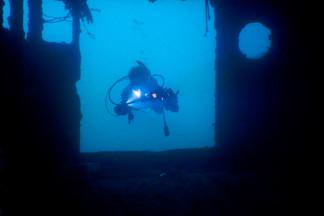 Badouzi Shipwreck Swimthrough