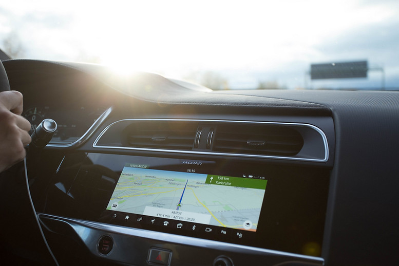 Car console with sun beam
