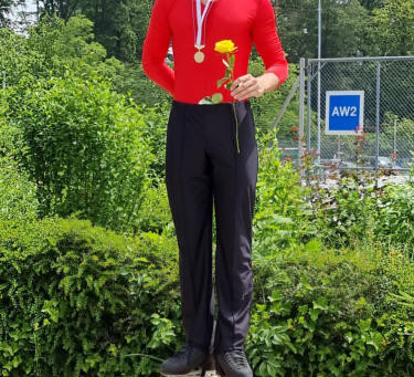 janick Wiesli Schweizermeister 2021 im Rollkunstlauf in der Pflicht