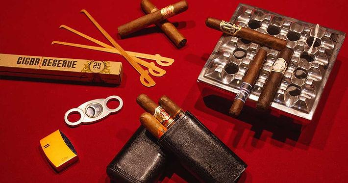 bulldog-cigar-accessories-1.jpg